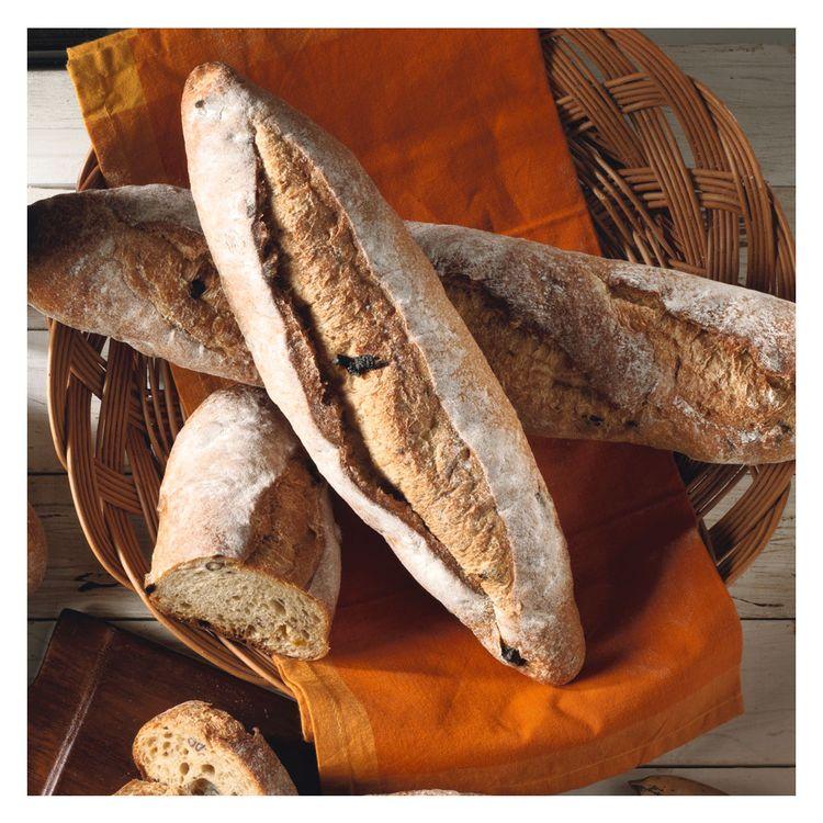 Pan-Rustico-de-Aceitunas-y-Romero-La-Panaderia-Unid-PAN-RUSTICO-ACEIT-1-112613