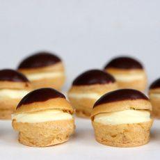 Profiteroles-de-Chocolate-con-Crema-Pastelera-Caja-100-Unid-1-244654