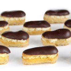 Eclair-de-Chocolate-con-Crema-Pastelera-La-Mora-Caja-50-Unid-1-244638