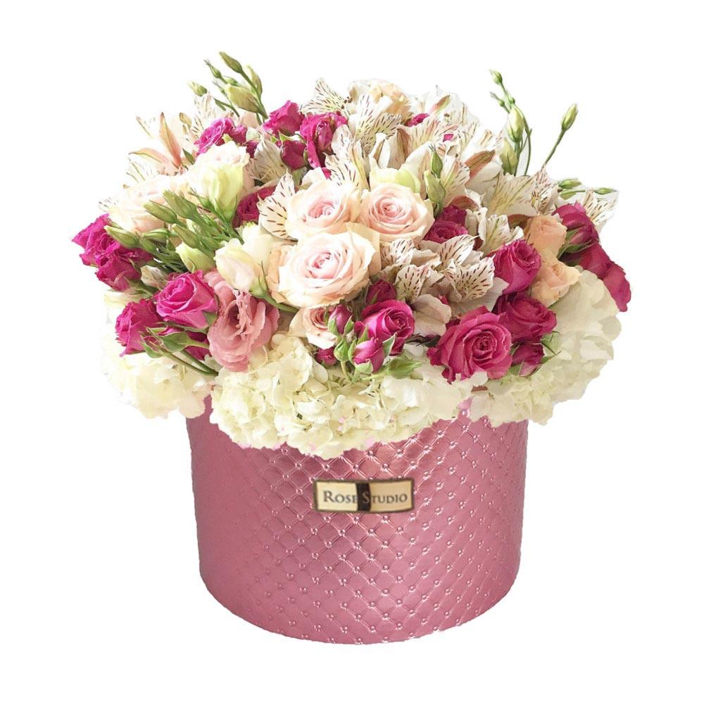 Rose Studio Medium Box Arreglo Floral Emma Wong