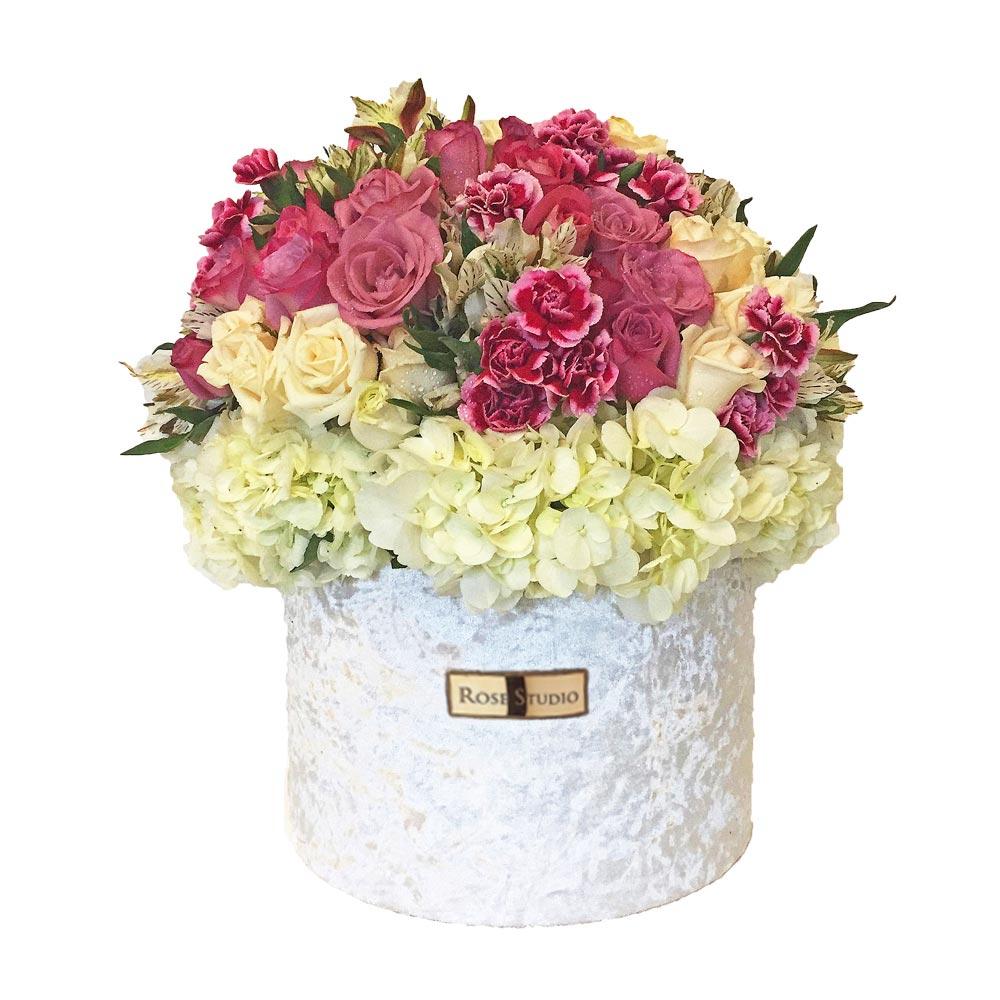 Rose Studio Medium Box Arreglo Floral Bella Wong