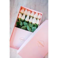 La-Bot-nika-Caja-con-Rosas-Blancas-Classic-Box-12-unid-1-194662024